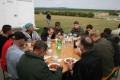 Gemeinsames Essen im Freien