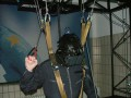 Adi im Fallschirmsimulator