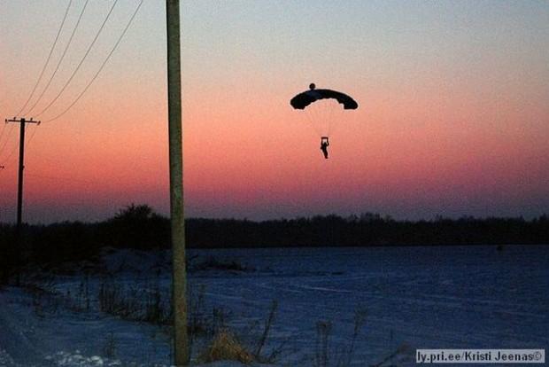 landung-mit-der-flaeche-in-der-daemmerung