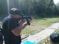 Stefan beim Schießen