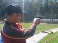 Anton beim Pistolenwettbewerb