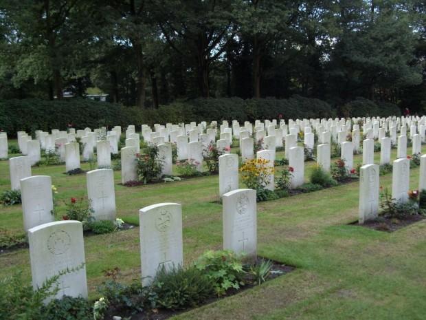 am-soldatenfriedhof