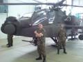 Besichtigung des Apache Helicopters