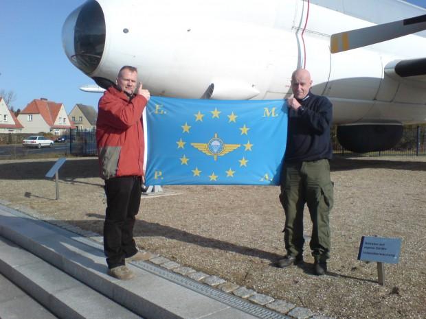 unsere-flagge-ist-immer-dabei