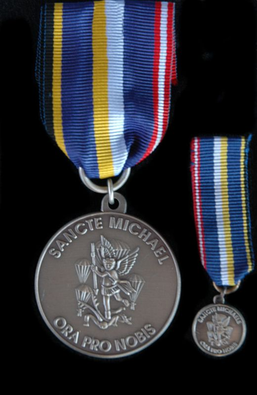 stmichaelsmedaille-in-silber-mit-miniatur