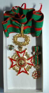 Mérite Philantropique La Grande Médaille D`Or Avec