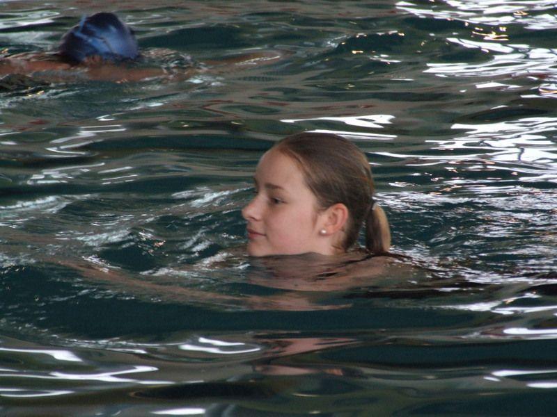 zoegling-am-milrg-beim-stundenschwimmen