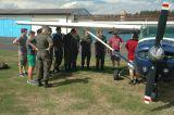 Einweisung in die Absetzmaschine Cessna 182