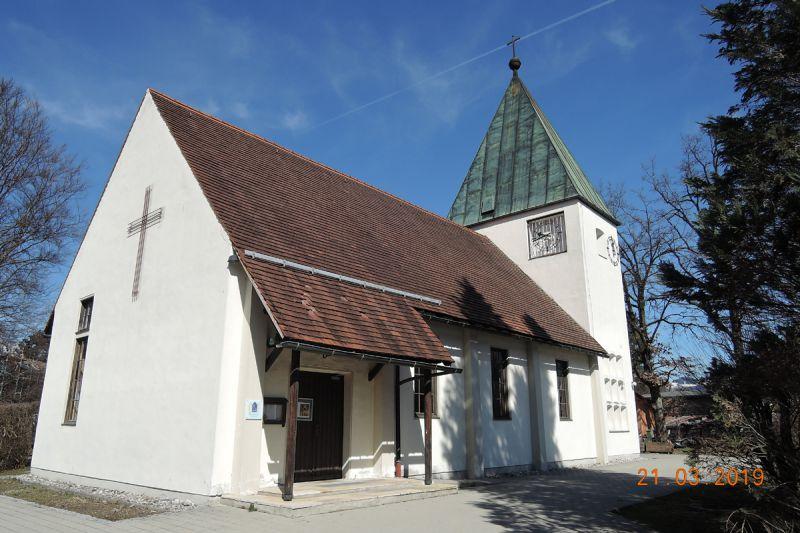 die-evangelische-kirche-in-kiefersfelden