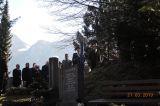 Die EMFV  Fahnenabordnung vor dem Mausoleum